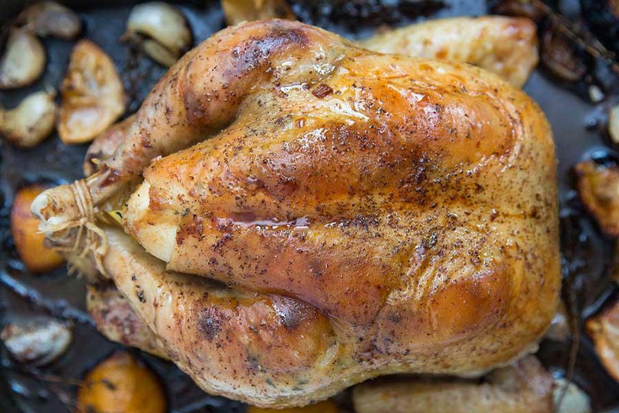 курица с салом в духовке
